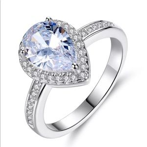 Jewelry - 💎Stunning Pear Shaped Ring 925 Silver Stamped
